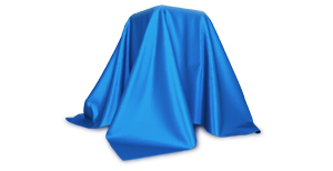 BOGE Kompressor durch ein blaues Tuch verhuellt