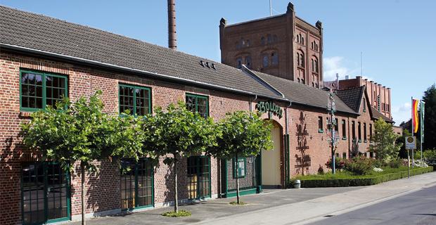 Rotes Backsteingebäude der Altbierbrauerei Bolten
